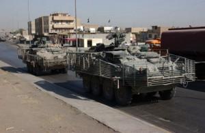 Stryker járművek RPG hatáscsökkentő ráccsal